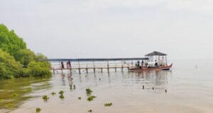 Pantai Penunggul Pasuruan Jawa Timur