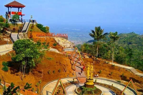 Tips Berkunjung ke Goa Seplawan